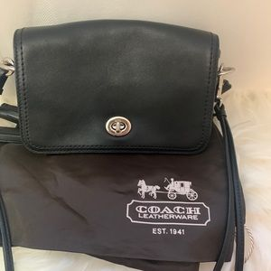 ❤️SOLD❤️ Coach all leather crossbody bag